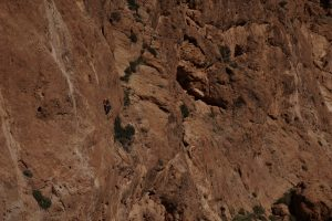 Single pitch climbing in Todra Gorge