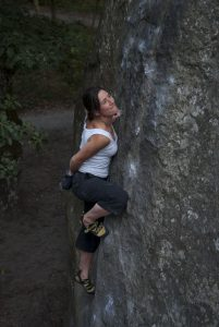 Cheymoon on a thin and technical font slab, where good balance is vital.