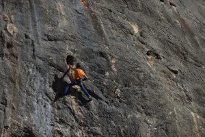 A climber of Dale caña al mono, 7b, Aventador, Costa Blanca