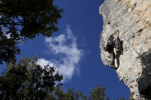 Amazing Arêtes climb at San Fuasto, a 5th and 6th Grade Paradise for novice climbers.
